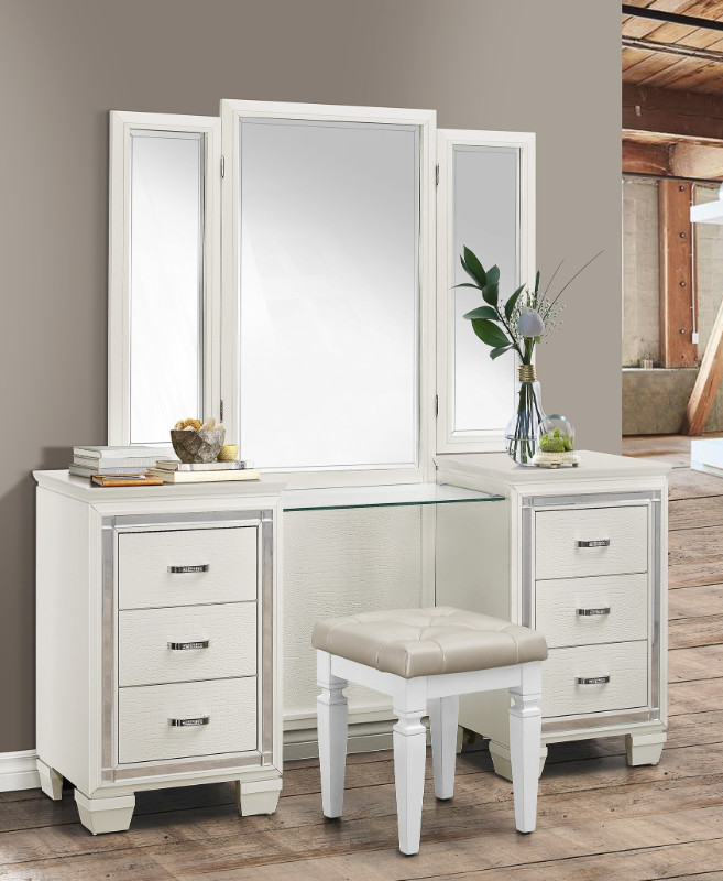 Home Elegance 1916W-14-15 3 pc Allura white finish wood bedroom make up vanity set