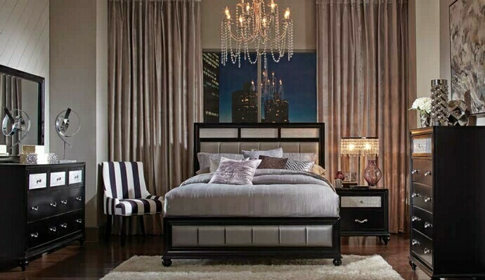 CST200891Q 5 pc Barzini collection black finish wood and metallic leatherette padded queen bed set