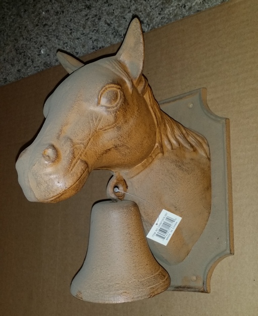 Chibp-2976-001 Cast iron 3-d horse head wall decor with bell