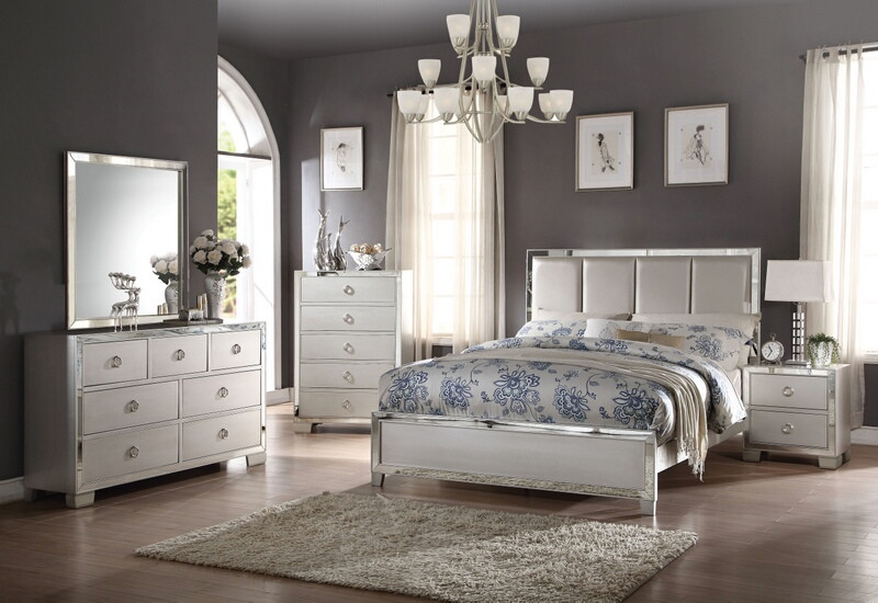ACM24830Q 5 pc Voeville II Collection platinum finish wood queen bedroom set with mirror accents