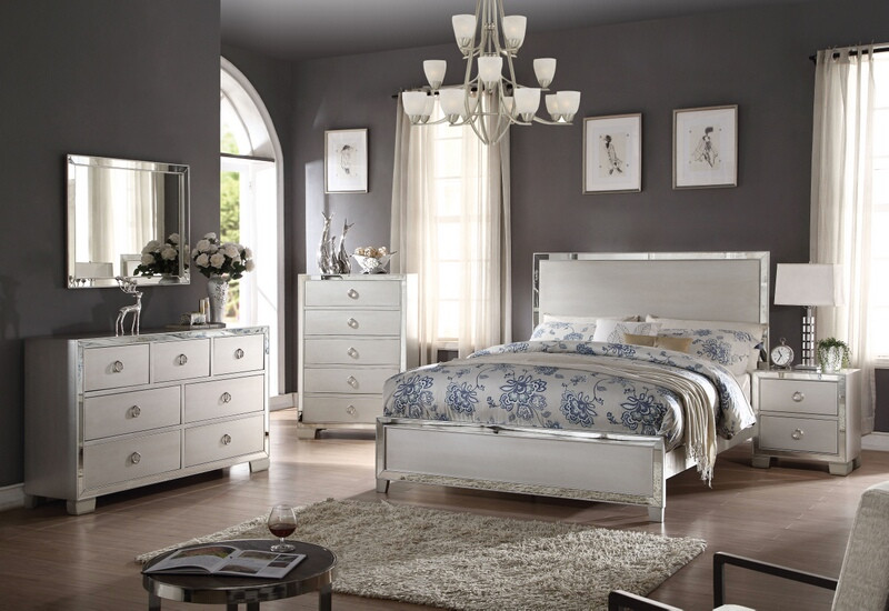 ACM24840Q 5 pc Voeville III Collection platinum finish wood queen bedroom set with mirror accents