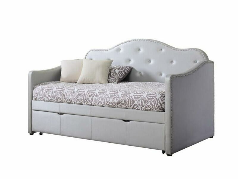 CST300629 2 pc Palacial collection pearlescent grey leatherette tufted back day bed with trundle