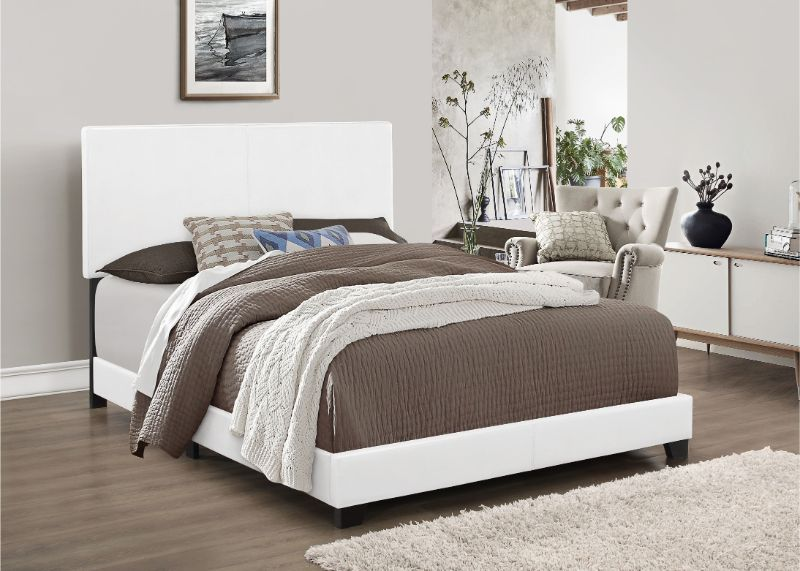 7564 Home source regents white faux leather queen bed set