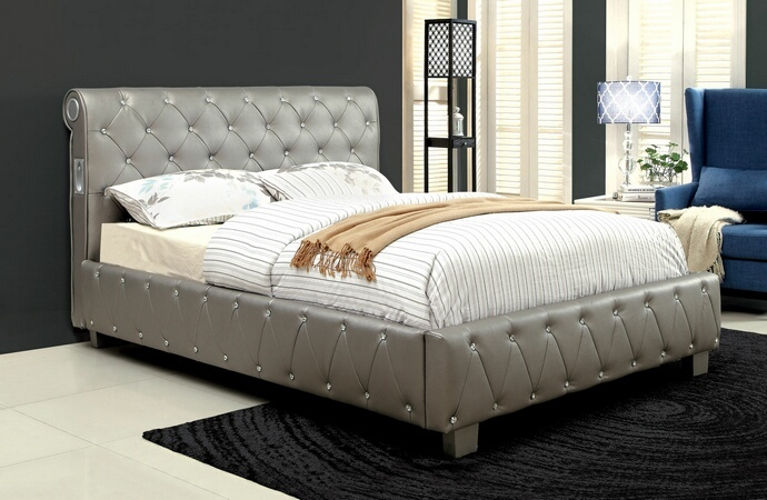 CM7056SV Juilliard collection silver padded and tufted leatherette queen bed set with crystal like acrylic button tufting