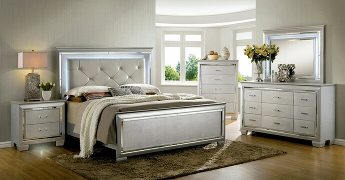 CM7979SV 5 pc Bellanova collection silver finish wood Queen bed set with padded and tufted crocodile textured faux leather headboard