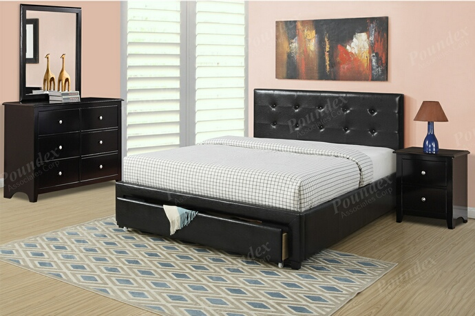 F9313Q 4 pc Patricia II collection black faux leather upholstered and padded queen bedroom set
