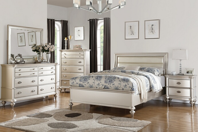F9316Q 5 pc Patricia III collection silvery tone wood finish with upholstered headboard queen bedroom set