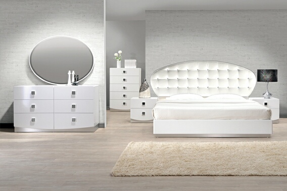 BM-FRANCE 4 pc france white lacquer finish wood modern style queen bed set with silver accents and button tufting