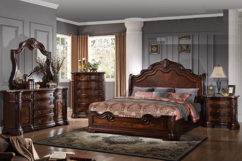 BM-B1003 4 pc Renaissance collection walnut finish wood Queen bed set with ornate carvings