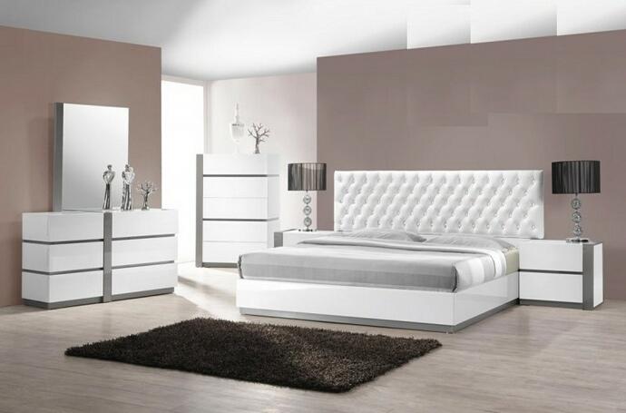 Seville 5 pc Seville collection modern style queen bedroom set with white lacquer finish
