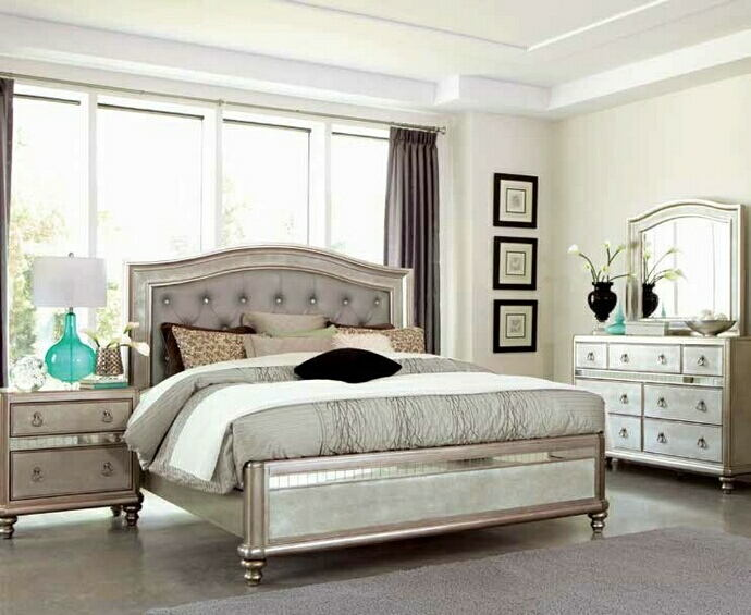 204181Q 5 pc bling game metallic platinum finish wood mirrored accents bedroom set
