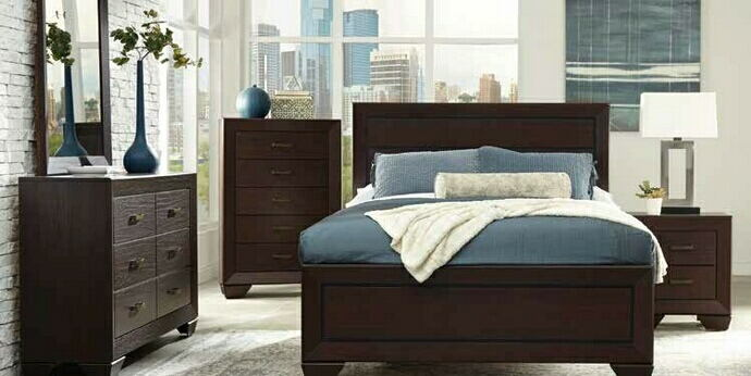 5 pc fenbrook collection dark cocoa finish wood and natural oak wood grain queen bed set