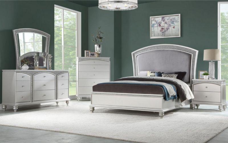 5 pc Maverik platinum finish wood and fabric padded queen bedroom set