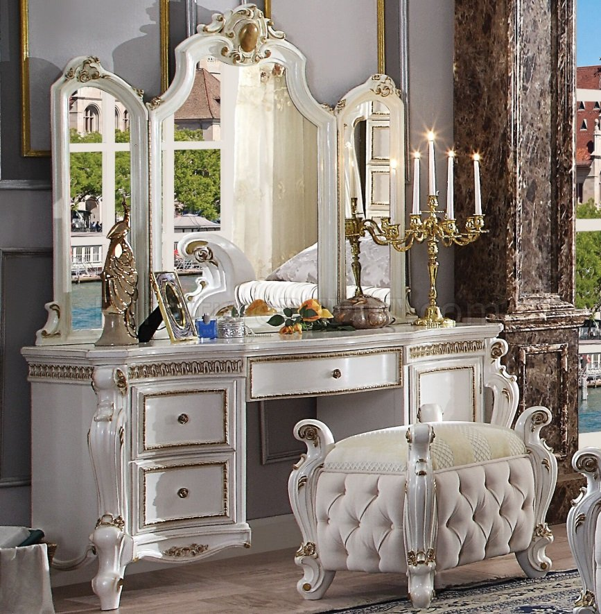 Acme 27884-85-904 3 pc Picardy antique pearl finish wood bedroom make up vanity set