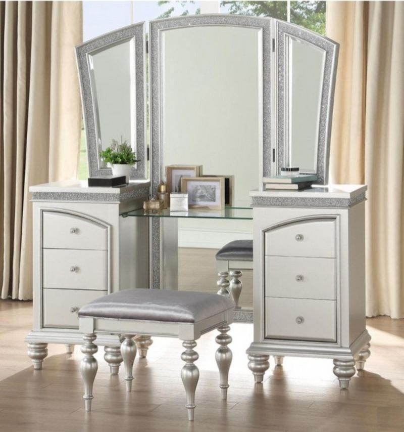 Acme 91800-03 3 pc Maverick platinum finish wood bedroom make up vanity set