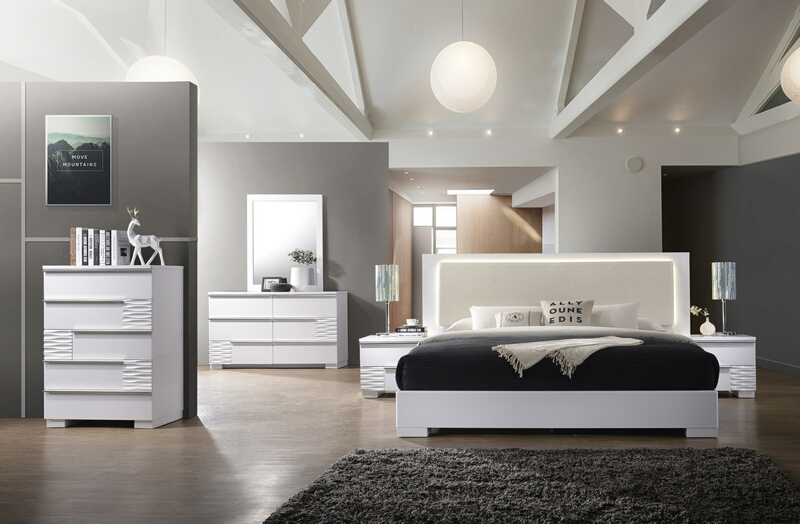 Best Master Athen 4 pc Athen fenner modern style queen bedroom set with white lacquer finish