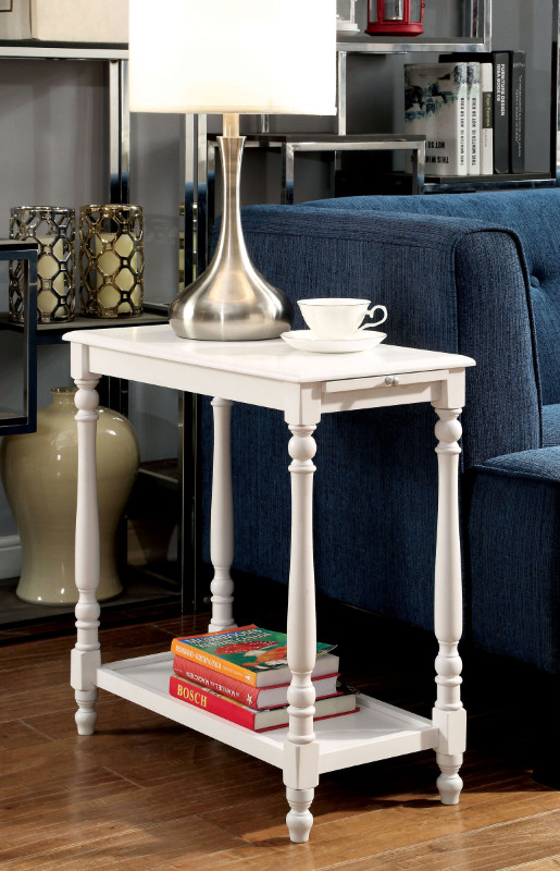 CM-AC222 Deering white finish wood chair side table with turned legs