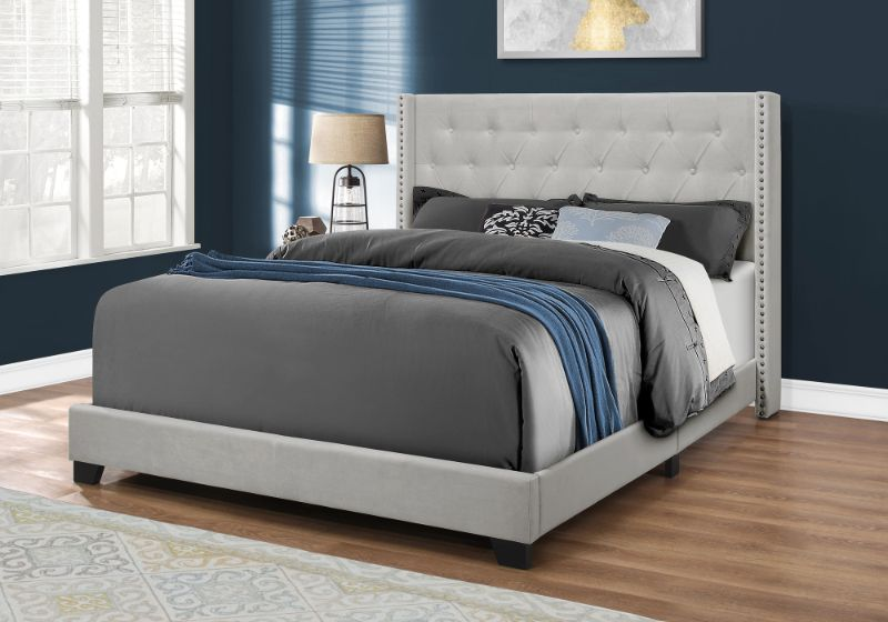 Bed - Queen Size / Light Grey Velvet With Chrome Trim