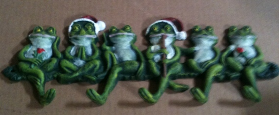 Cast iron christmas frog hook wall hanger