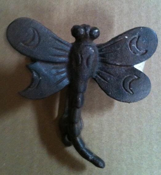 Cast iron one door knocker