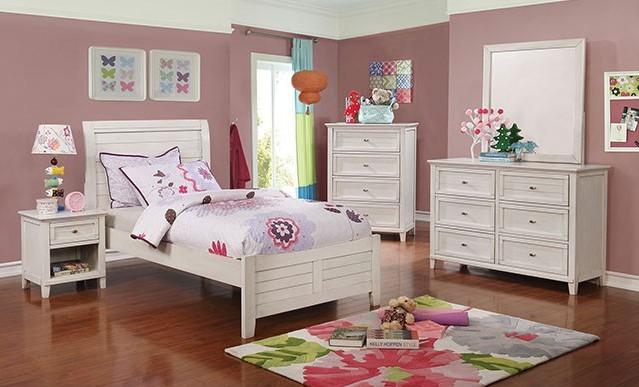 CM7517WH 4 pc Brogan antique white plank style platform Full bedroom set