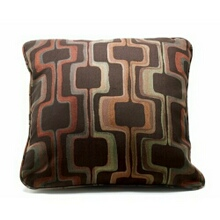 "Set of 2Techno chocolate throw pillows measure 22"" x 22"""