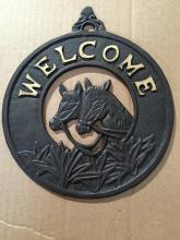 "Cg-1235, cast iron black round welcome sign, 8""x 9 1/2"""